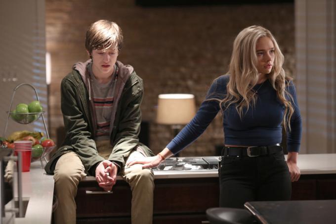 Percy Hynes White (Andy Strucker) e Natalie Alyn Lind (Lauren Strucker) In The Gifted