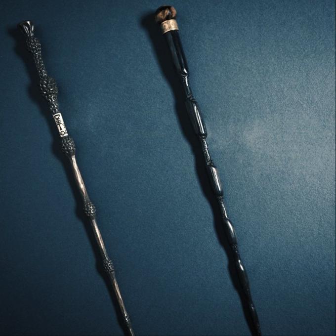 le bacchette di Silente (la bacchetta di Sambuco!) e di Grindelwald