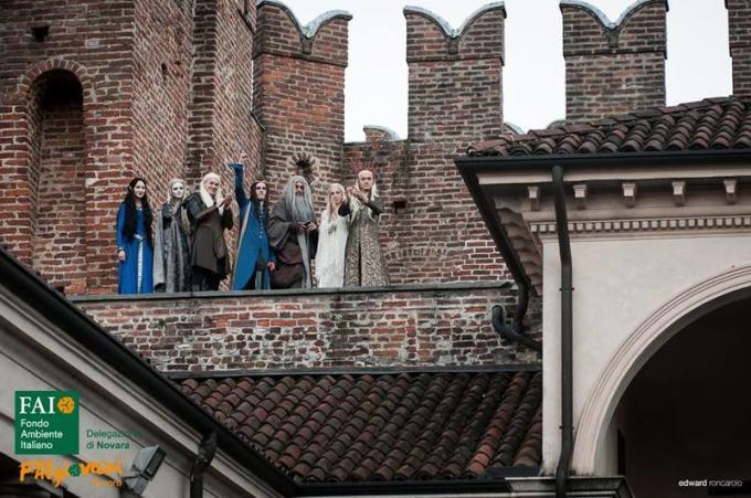 Il saluto dei personaggi della Terra di Mezzo dalle mura del castello, quando si è concluso il concerto di chiusura. (Edizione 2017)