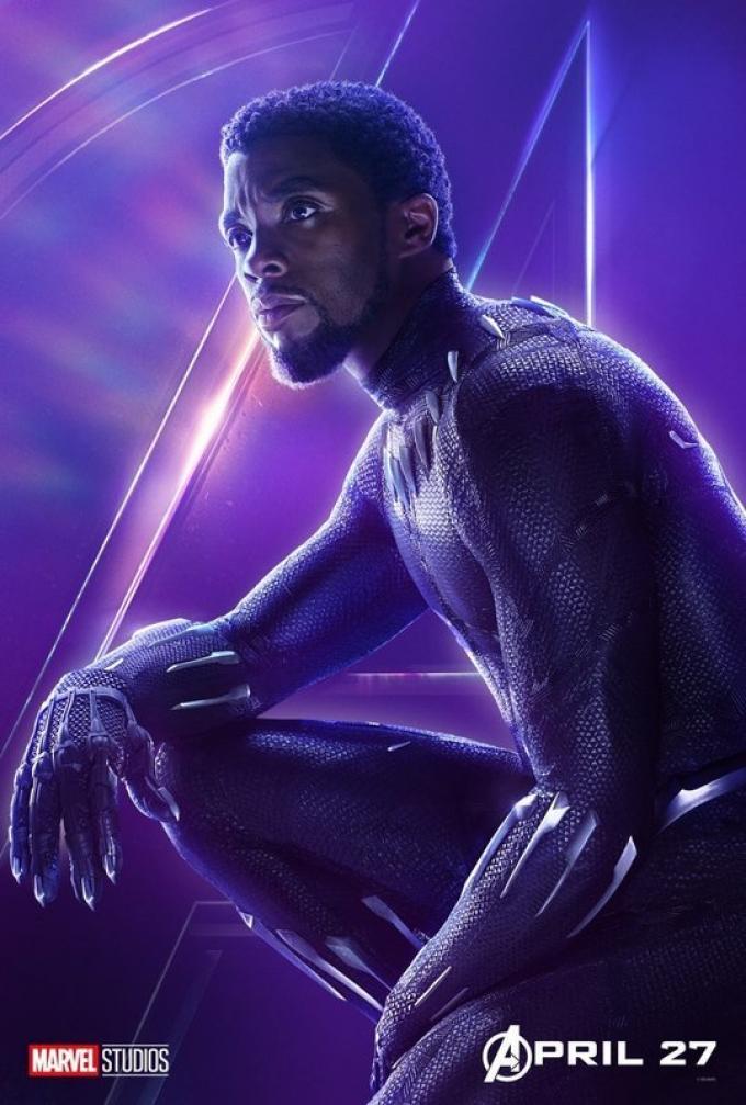Chadwick Boseman è Black Panther, al suo terzo film MCU, reduce dal trionfale successo del suo film in solitaria.