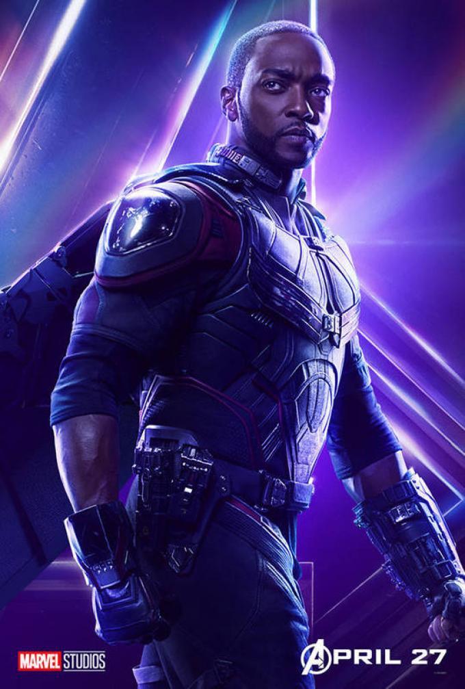 Falcon (Howard Mackie) è uno dei possibili candidati a succedere a Captain America.