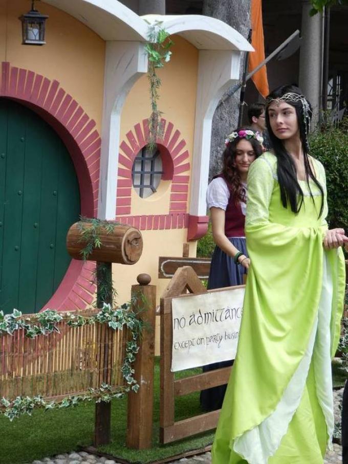 Eleganza elfica e Hobbit, a Un Viaggio nella Terra di Mezzo.