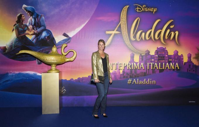 Ellen Hidding all'anteprima di Aladdin a Milano.
