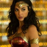 Wonder Woman 1984 si mostra nel trailer