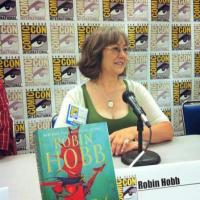 Robin Hobb torna nei Sei Ducati con The Fool's Assassin