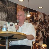 Philip Pullman a Milano con Il buon Gesù e il cattivo Cristo